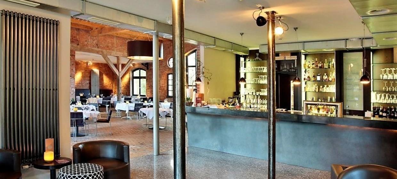 Del Restaurant 2
