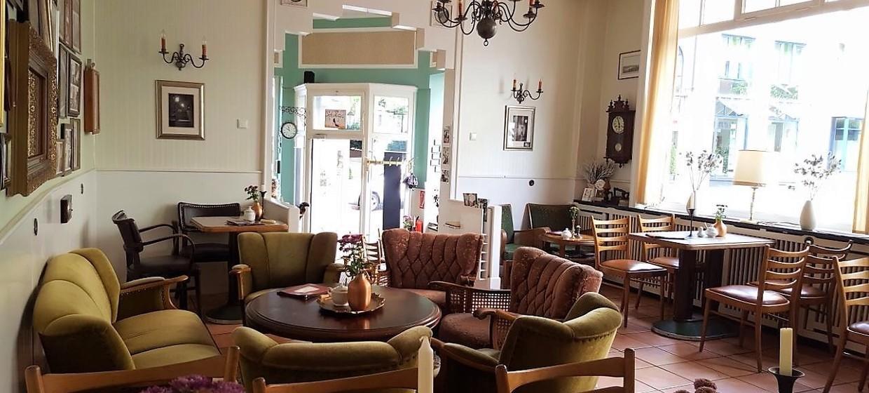 Café Augenblick 1