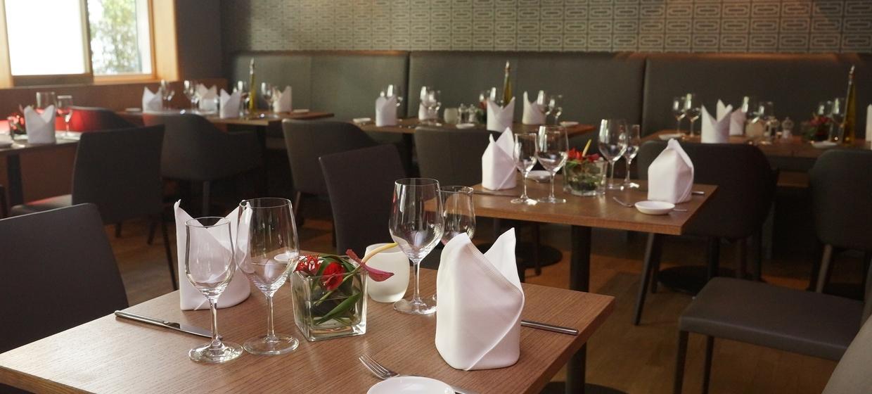 Conti Restaurant 8