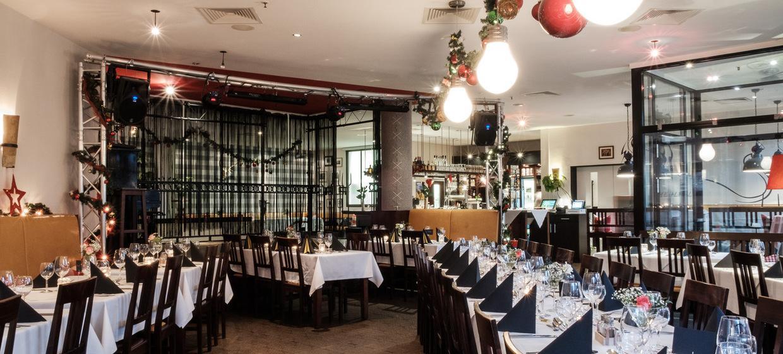 Mehlfeld's Restaurant & Kulturbühne 15