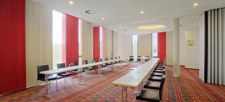 Hilton Garden Inn Stuttgart 1