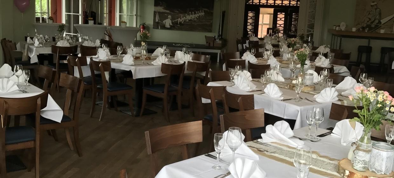Tally's Restaurant im Rudersport 3
