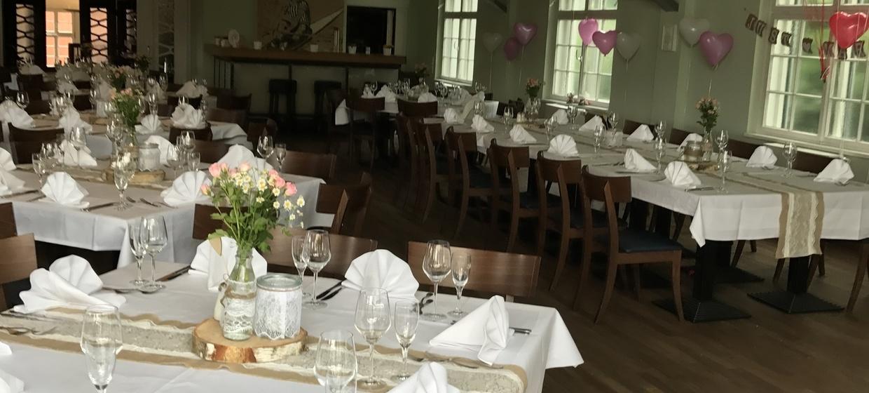 Tally's Restaurant im Rudersport 4