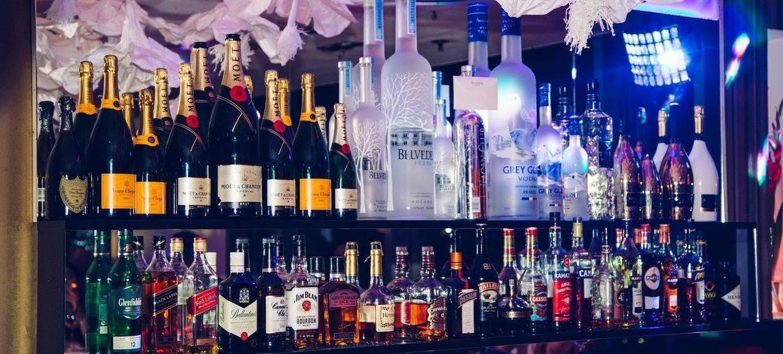 Kagan Lounge 3