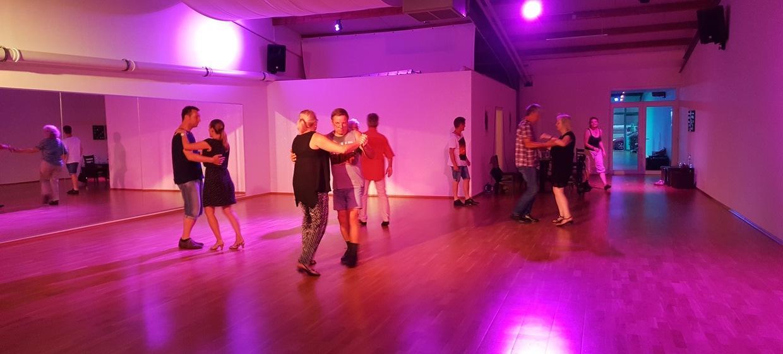Tanzstudio Let's Move 5