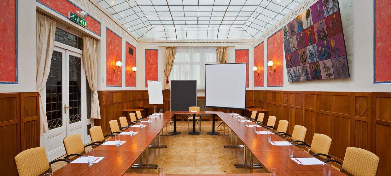 Hotel Herzoghof Baden 2