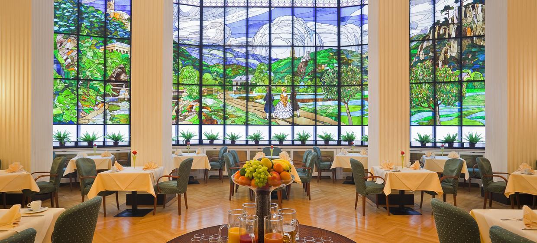 Hotel Herzoghof Baden 4