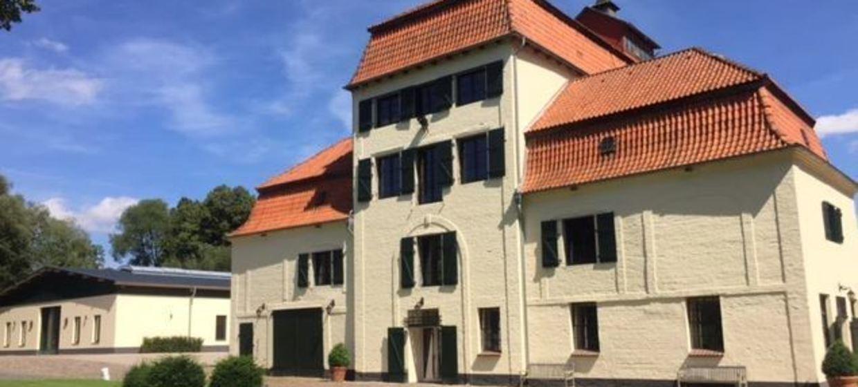 Schloss Blumendorf 9