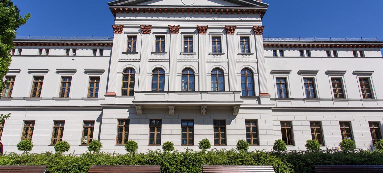 Jugend- und Kulturzentrum mon ami Weimar 8