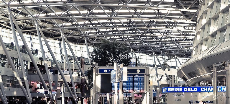 Media Frankfurt, Promotion Points Flugsteig Z, Eben 3, Atrium Marktplatz 1