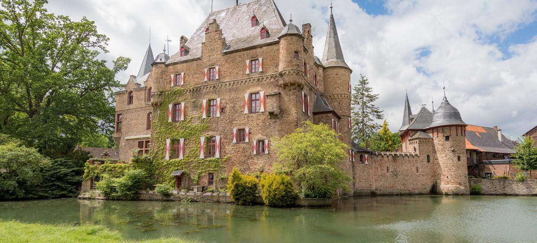Burg Satzvey 1