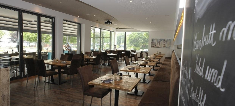 Acqua Strande Yachthotel & Restaurant 1