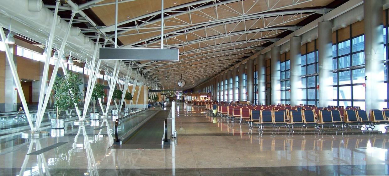 Media Stuttgart Flughafen Promotionfläche Terminal 1 Gepäckausgabe, Ebene 2 1