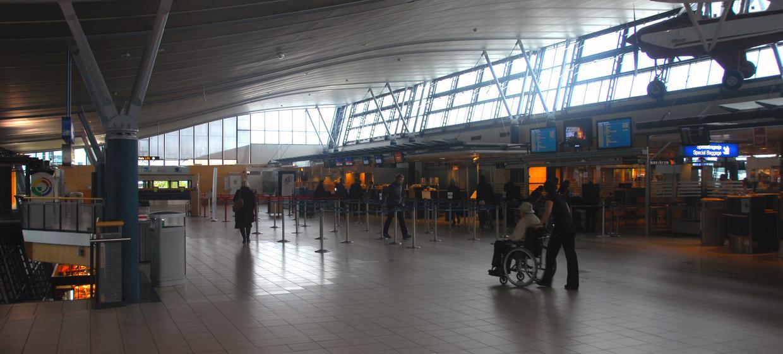 Media Stuttgart Flughafen Promotionfläche Terminal 1 öffentlicher Abflugbereich (3), Ebene 3 1