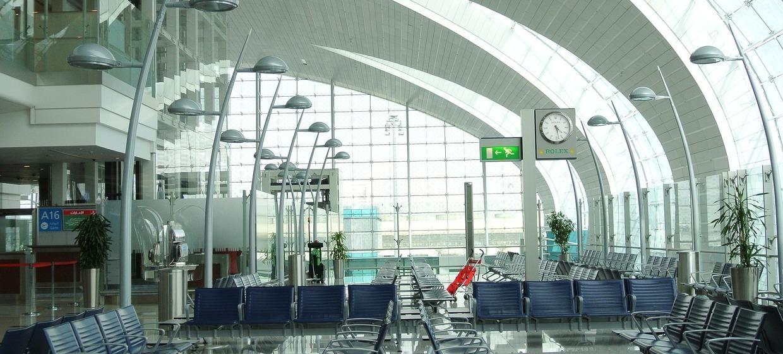 Media Stuttgart Flughafen Promotionfläche Terminal 3 Mietwagenzentrum, Ebene 2 1