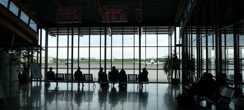 Media Stuttgart Flughafen Promotionfläche Terminal 3 öffentlicher Ankunftsbereich (2) Ebene 2 1