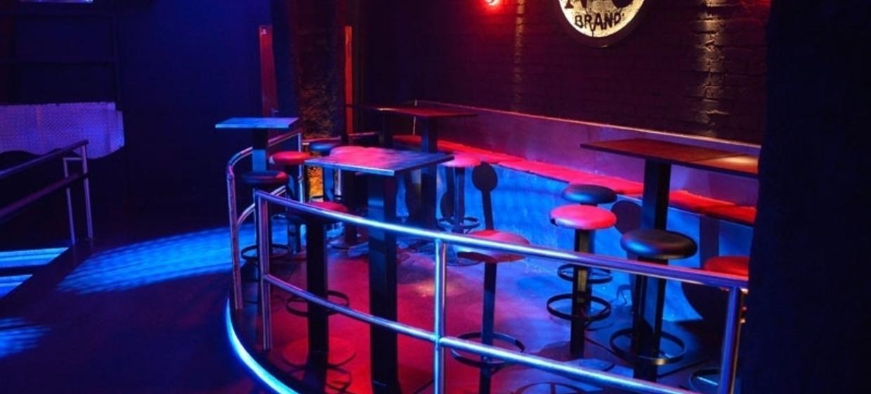 proTON - The Club 6