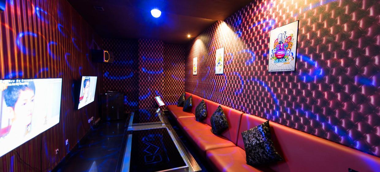 Frankfurt Karaoke Bar