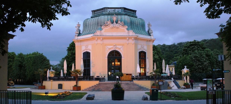Kaiserpavillon 6