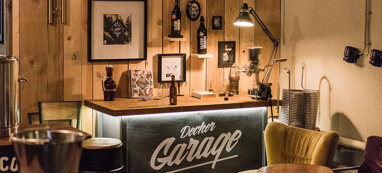 Decker Garage Biergarten 1
