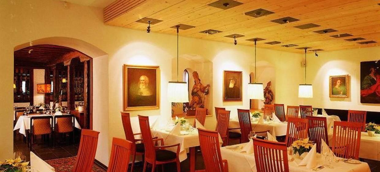 Hotel Restaurant Hirschen 4