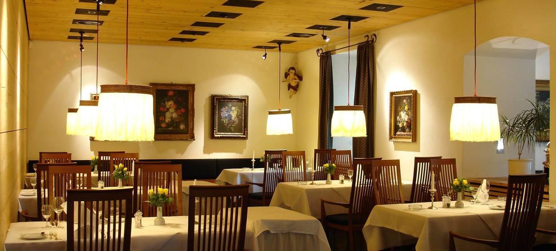 Hotel Restaurant Hirschen 5