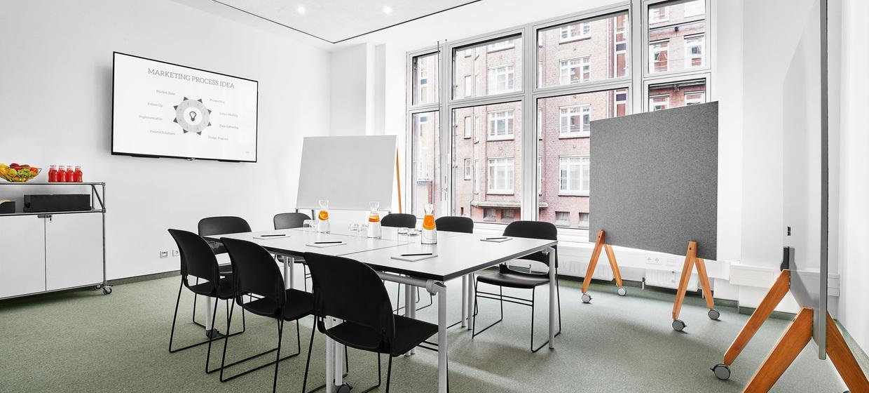 BAZE Business Center & Seminar Location 7