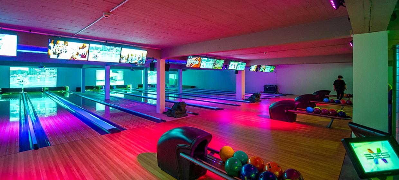 Bowling Room Trier 6