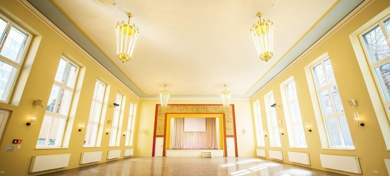 E34 Alter Stadtsaal 1