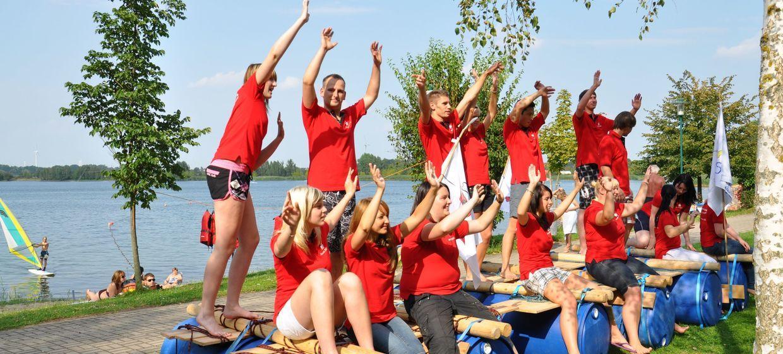 Floßbau - das Teamerlebnis 1