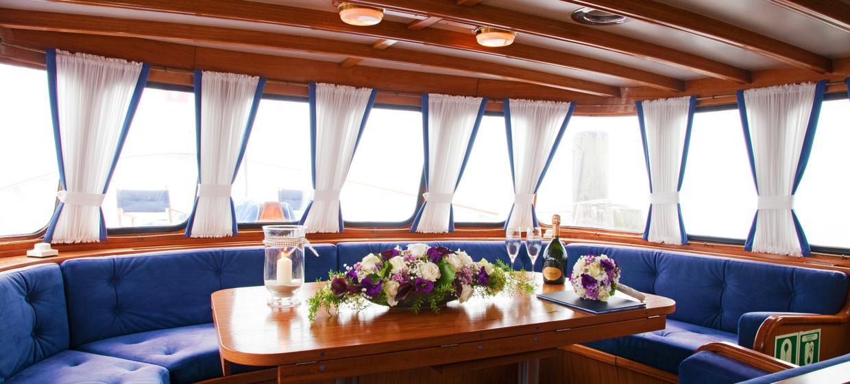 """Motoryacht """"Merkur II"""" 6"""