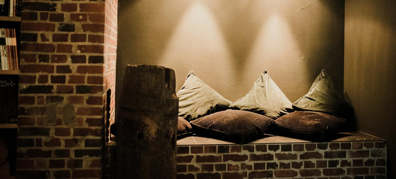BAZIC Lounge 18