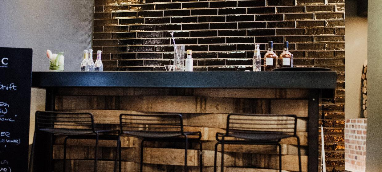 BAZIC Lounge 15