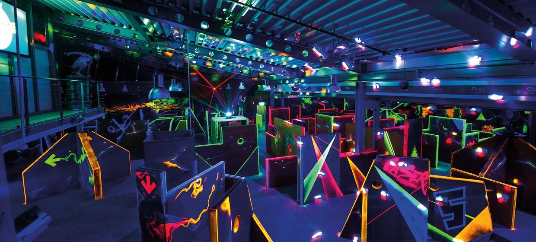 Lasertag: Licht aus, Spaß an!  2