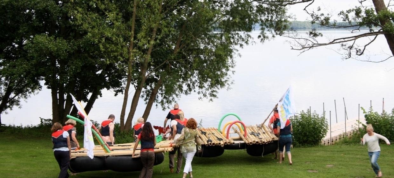 Floßbau mit Floßfahrt - Das Teamevent! 2