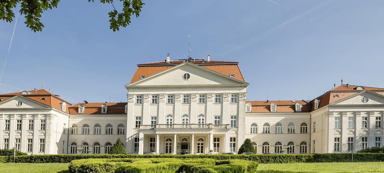 Austria Trend Hotel Schloss Wilhelminenberg 1