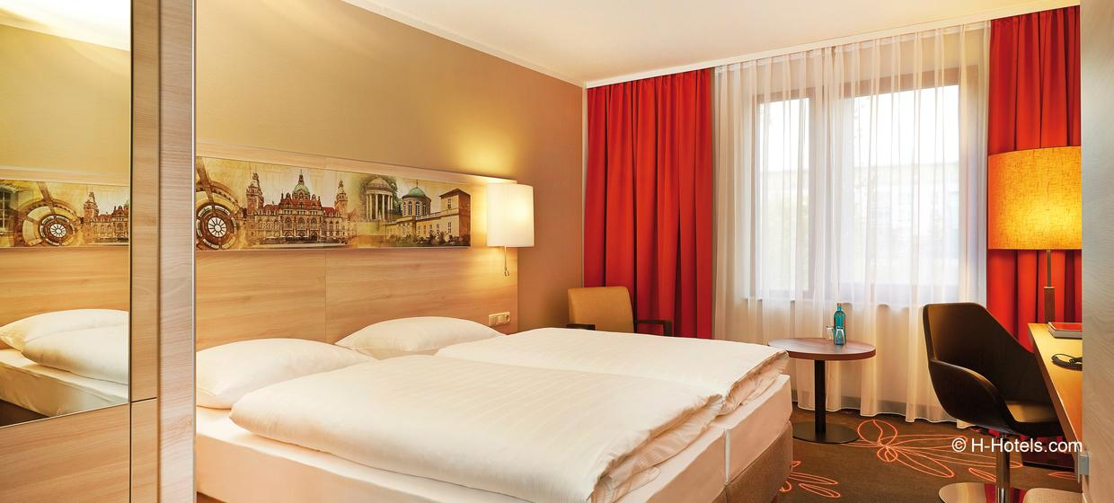 H+ Hotel Hannover 8