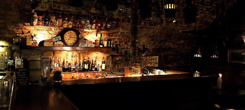 Irish Castle Pub  1