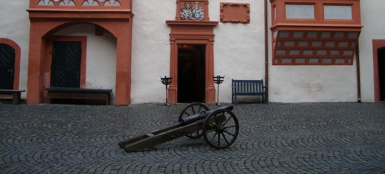 Burg Ronneburg 8