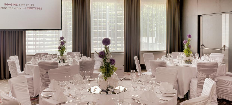 Hochzeitsfeier Im 4 Superior Hotel In Linz Courtyard By Marriott
