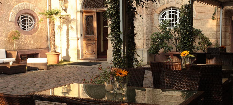 Hotel Schloss Edesheim 16