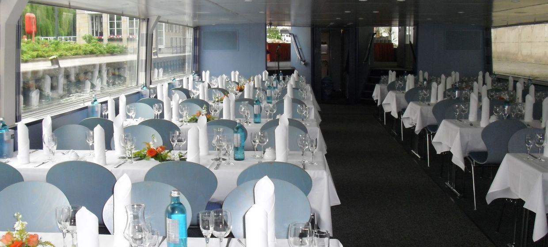 Hochzeitsfeier In Berlin Panoramaschiffe Der Stern Und Kreis In Berlin