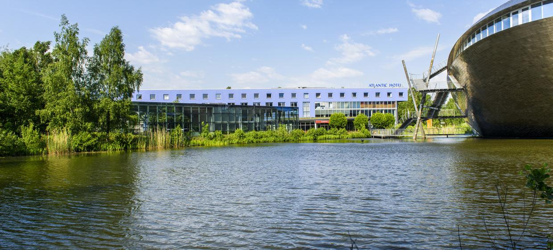 ATLANTIC Hotel Universum 6