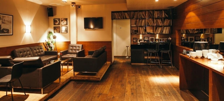 Kiwis - New Zealand Restaurant Bar Café 1