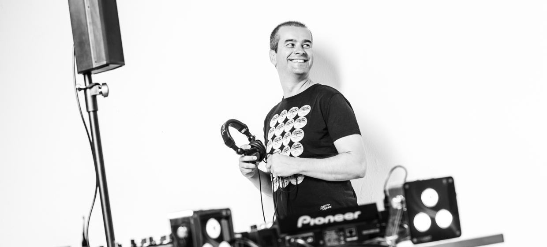 DJ Slick 9