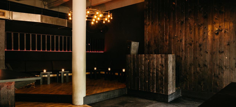 Donner Bar 4