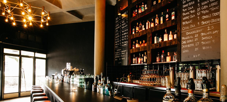 Donner Bar 11