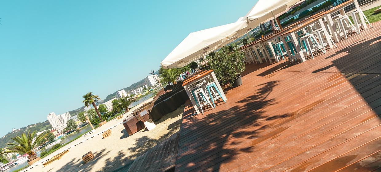 Sandburg - Strand Küsst Bar 8