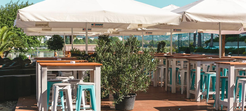 Sandburg - Strand Küsst Bar 12