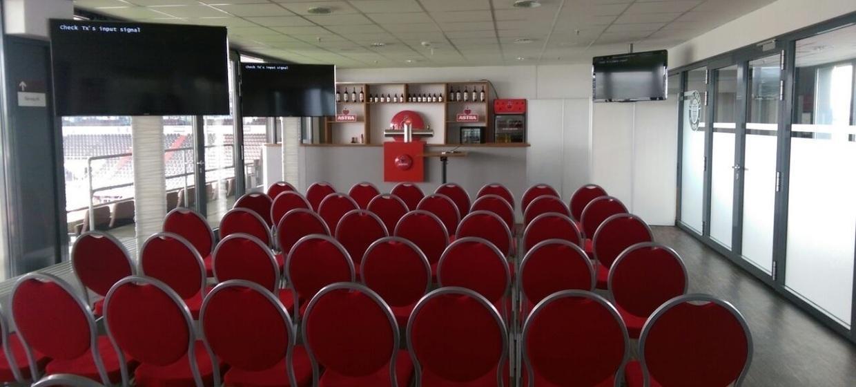 FC St. Pauli im Millerntor-Stadion 10
